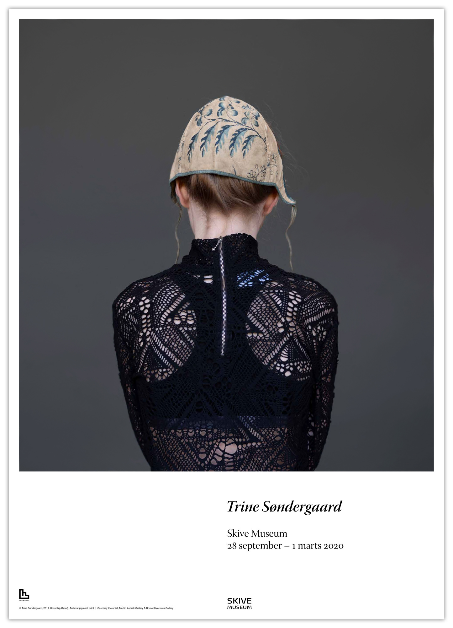 Exhibition poster titled Hovedtøj with photographic art by artist Trine Søndergaard from skive kunstmuseum